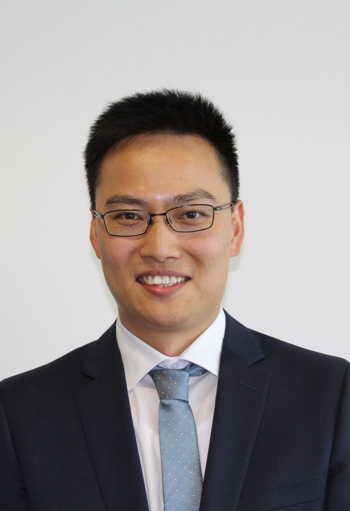 Dr Michael Ma